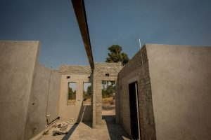 E21 - Modern design - Roof laying foundation